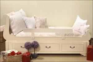 מיטת יחיד