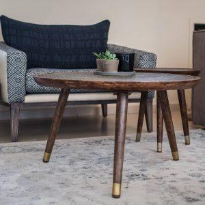 שולחן רקוע אותנטי