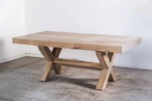 שולחן אוכל רגל X